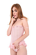Jia Lissa Sweet Innocence istripper model
